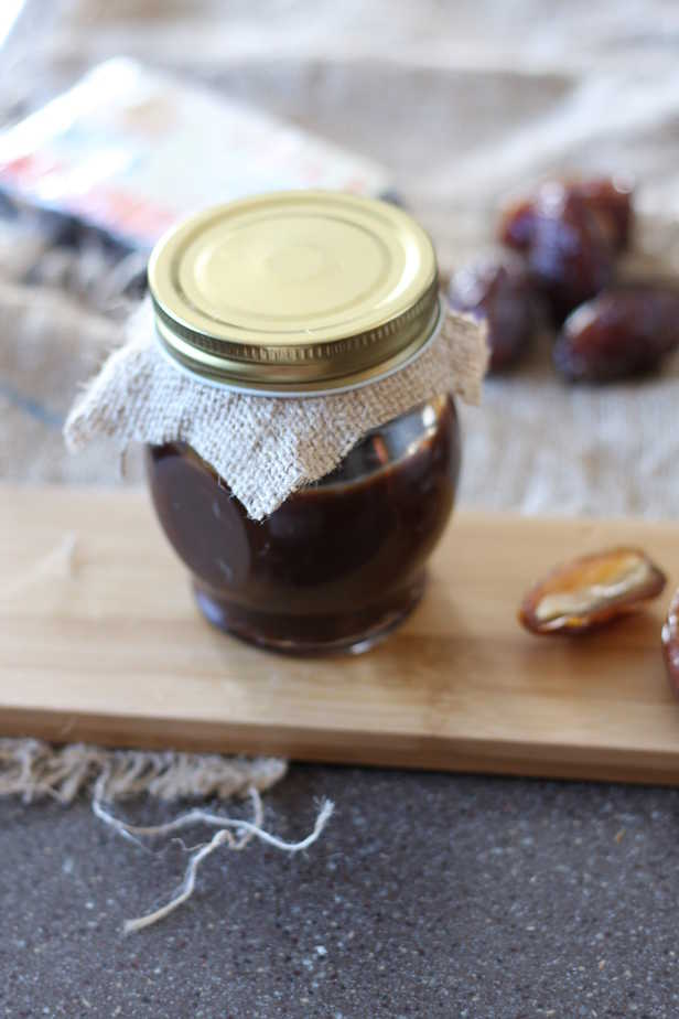 Dates and Tamarind chutney