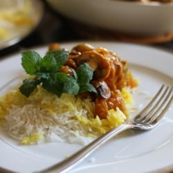 Chicken with Saffron and Mushrooms - Khoresht-e gharch