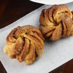 Kanel Snegle/ Kanelbullar (Swedish Cinnamon Snails/ Rolls - # We Knead to Bake 11