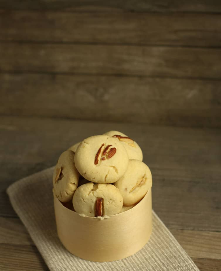 Naan Khatai – Indian Shortbread Cookies #Creative Cookie Exchange