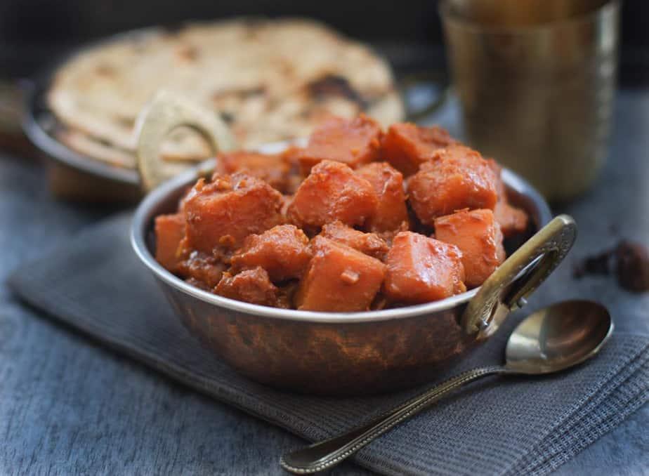 Kaddu Ka Ambal - Sweet and Tart Pumpkin Curry