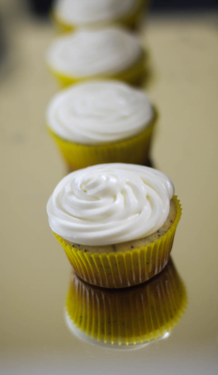 Lemon poppyseed cupcake
