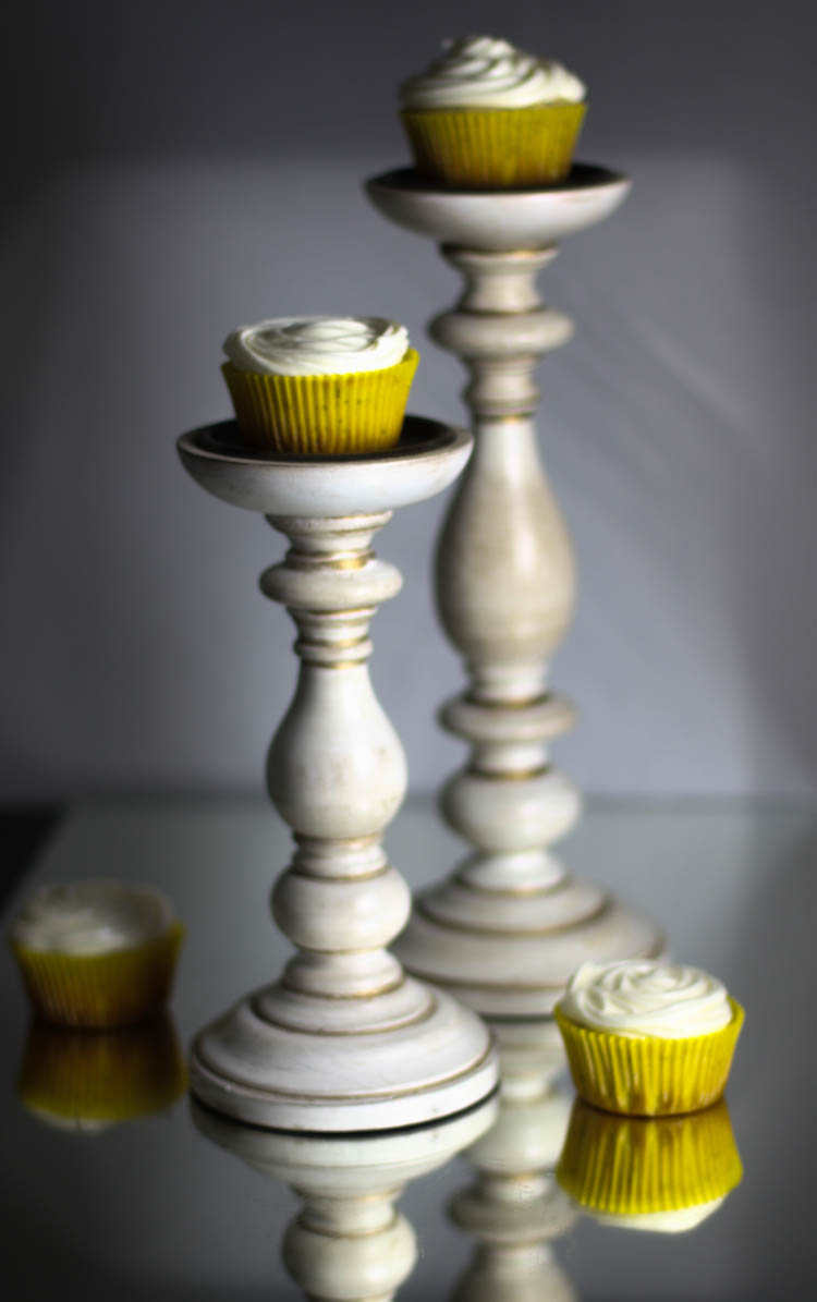 Lemon poppy seed cupcake
