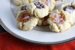 Russian Tea Cookies - Mrs Fields Way!