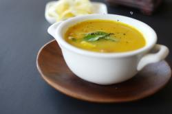 Sweet potato soup - Indian inspired